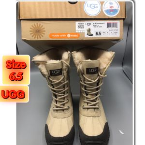 Ugg Adirondack Boot ll 1909 W/San Women's 6.5 Brand New for Sale for sale  Red Bank, NJ