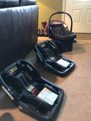 Graco Click Connect car seat and 3 bases for Sale in Statesville, NC