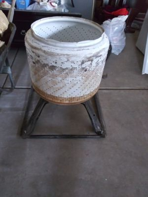 Sale fire pit 30 dl for Sale in Hesperia, CA