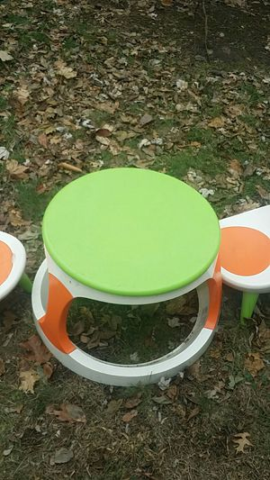 Kid's table and 2 chairs by combi for Sale in Bristol, CT