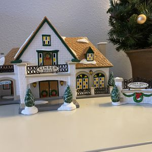 Department 56 Snow Village Linden Hills Country Club for Sale in Renton, WA
