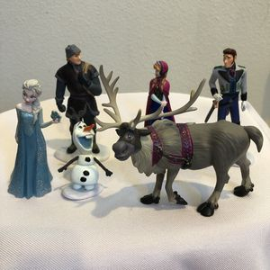 "Disney Frozen Mini Figures Set Of Six 3"" Cake Topper or Play PVC for Sale in Seattle, WA"