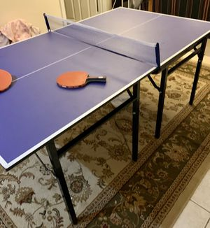 Ping pong table in excellent condition!! Mid-size!! for Sale in FX STATION, VA