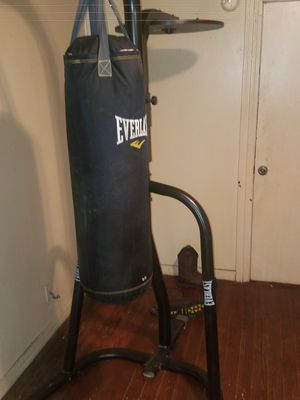 heavy bag stand for Sale in Tuscaloosa, AL