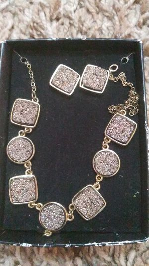 Chocolate diamonds earings and necklace for Sale in Festus, MO
