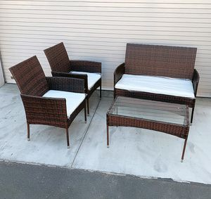 """(NEW) $190 Small 4pcs Wicker Ratten Patio Outdoor Furniture Set (Seat 37x19"""" and 19x19"""") Assembly Required for Sale in South El Monte, CA"""