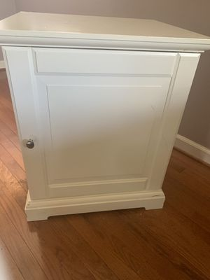End Table for Sale in Silver Spring, MD
