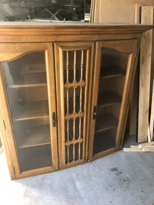 Free hutch *yes still available* for Sale in Elk Grove, CA