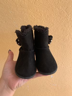 Toddler girl boots for Sale in Salinas, CA