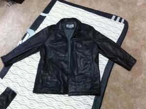Leather coat. Men's. XL. Wilson's for Sale in Entiat, WA