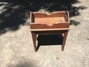 Small antique side table for Sale in Columbia, SC