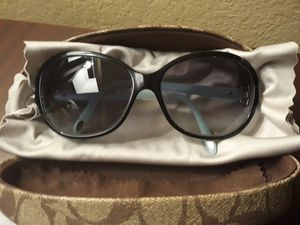 Tiffany & Co Women's Sunglasses 4068b 8055-3c for Sale in Commerce City, CO