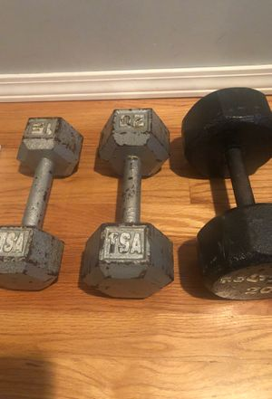 Dumbbells (2-20lb & 1-15lb weights) for Sale in Chicago, IL