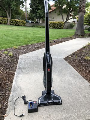 Hoover cordless vacuum cleaner for Sale in Rancho Cucamonga, CA