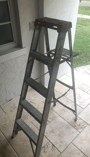 Werner ladder 5 ft for Sale in Miami, FL