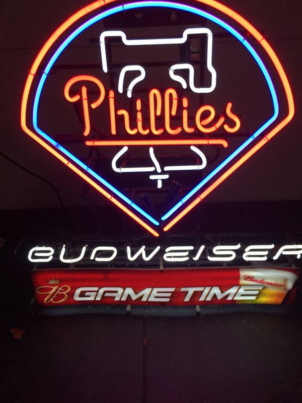 """Budweiser neon sign 31"""" by 32"""""""