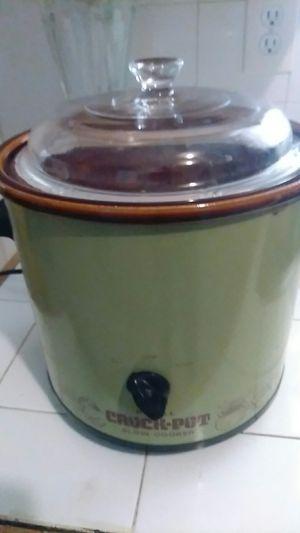 Rival crock pot for Sale in El Paso, TX