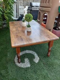 Coffee table for Sale in Upland,  CA