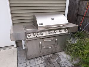 Natural gas grill free for Sale in Beach Haven, NJ