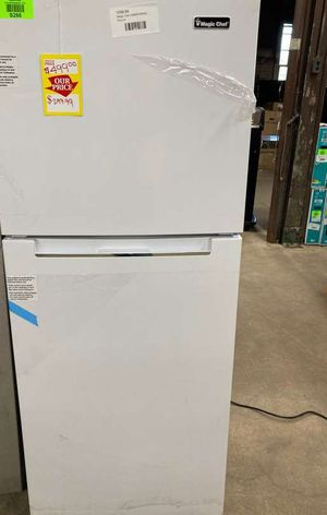 Magic chef refrigerator HMDR1000WE 1CQ for Sale in Forney, TX