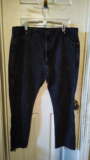 Nice pair of Men's Wrangler jeans 42/30 for Sale in Spokane, WA