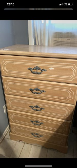 Dresser for Sale in Archdale, NC