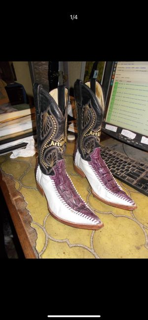 Custom designed boots for Sale in Redwood City, CA