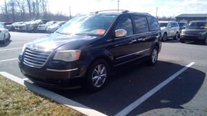 2010 Chrysler Town and Country $4800 for Sale in Baltimore, MD