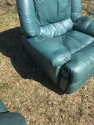 Complete Leather Couch Set MUST GO!!! for Sale in North Olmsted, OH