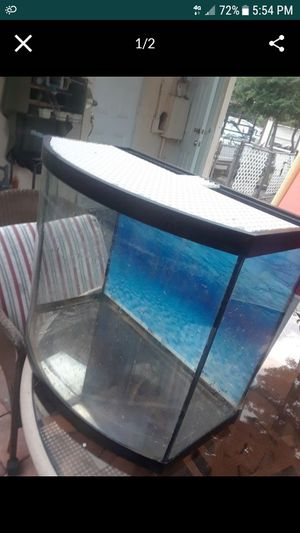 Tank 30 gallons for Sale in Fort Pierce, FL