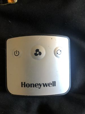 Honeywell quiet set tower fan blower for Sale in Opa-locka, FL