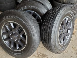 4 new wheels and tires 255 70 18 jeep 2020 5x127 whir sensors and lugs for Sale in Beach Park, IL