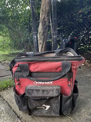 Husky tool box for Sale in Queens, NY
