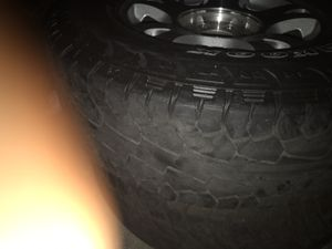 05 avalanche rims 17s for Sale in Los Angeles, CA