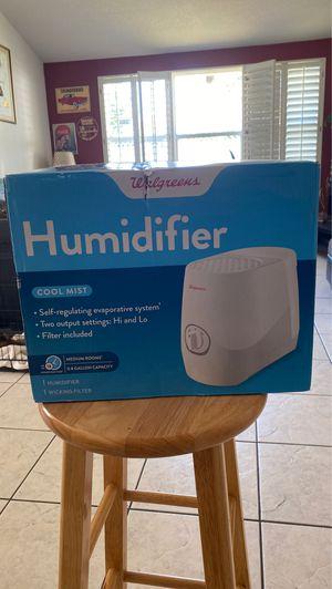 0.8 Gallon Humidifier for Sale in Brandon, FL