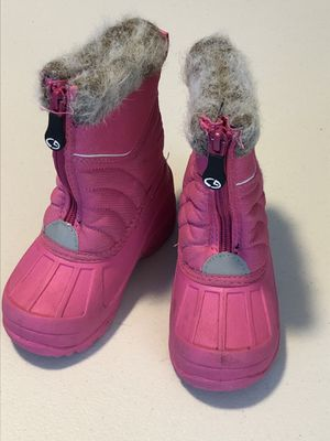 Toddler Girls size 9 snow boots for Sale in San Diego, CA