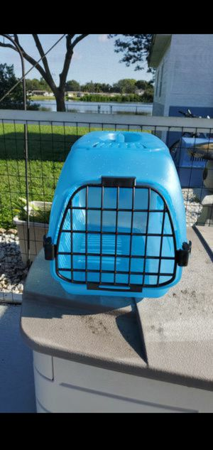 Cat carrier for Sale in St. Petersburg, FL