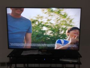 55 INCH LG LED TV. $275 NO LOWER for Sale in Glen Head, NY