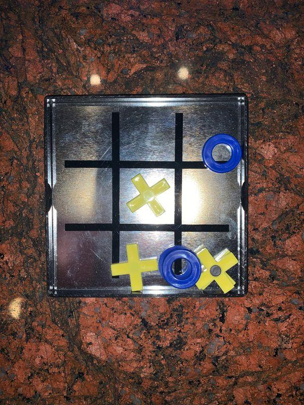 Tic Tac Toe Magnetic Game
