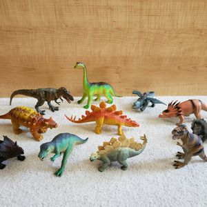 Dinosaurs - Group B for Sale in St. Petersburg, FL