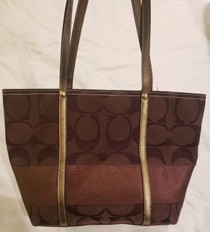 Coach purse/handbag for Sale in Great Falls, VA