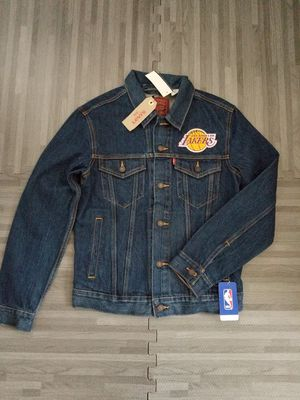 Levi's NBA Los Angeles Lakers Denim Trucker Mens Jacket Sz S, M & XL for Sale in San Diego, CA