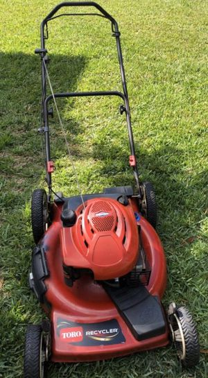 Lawnmower TORO self propelled works excellent condition for Sale in Fort Myers, FL