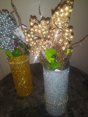 Gold or silver flower vases for Sale in Columbus, OH