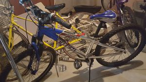 2 Kids bikes for Sale in Cranston, RI