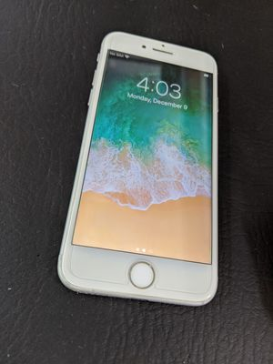 iPhone 7 AT&T like new for Sale in Ruston, LA