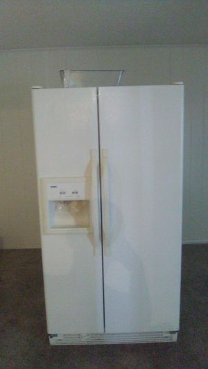 Kenmore refrigerator, stove , microwave, and dish washer for Sale in Winter Haven, FL