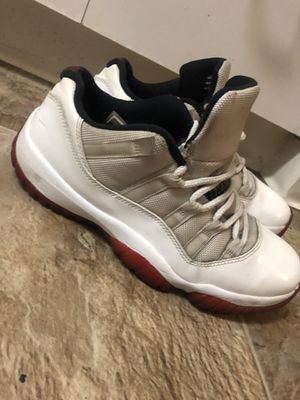 Jordan 11 cherry low mens size 8.5 for Sale in Fremont, CA