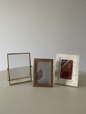 Set of 3 Photo Frames for Sale in Dallas, TX