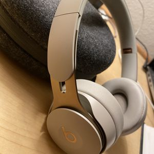 Beats Pro Solo Noise Cancelling for Sale in Costa Mesa, CA